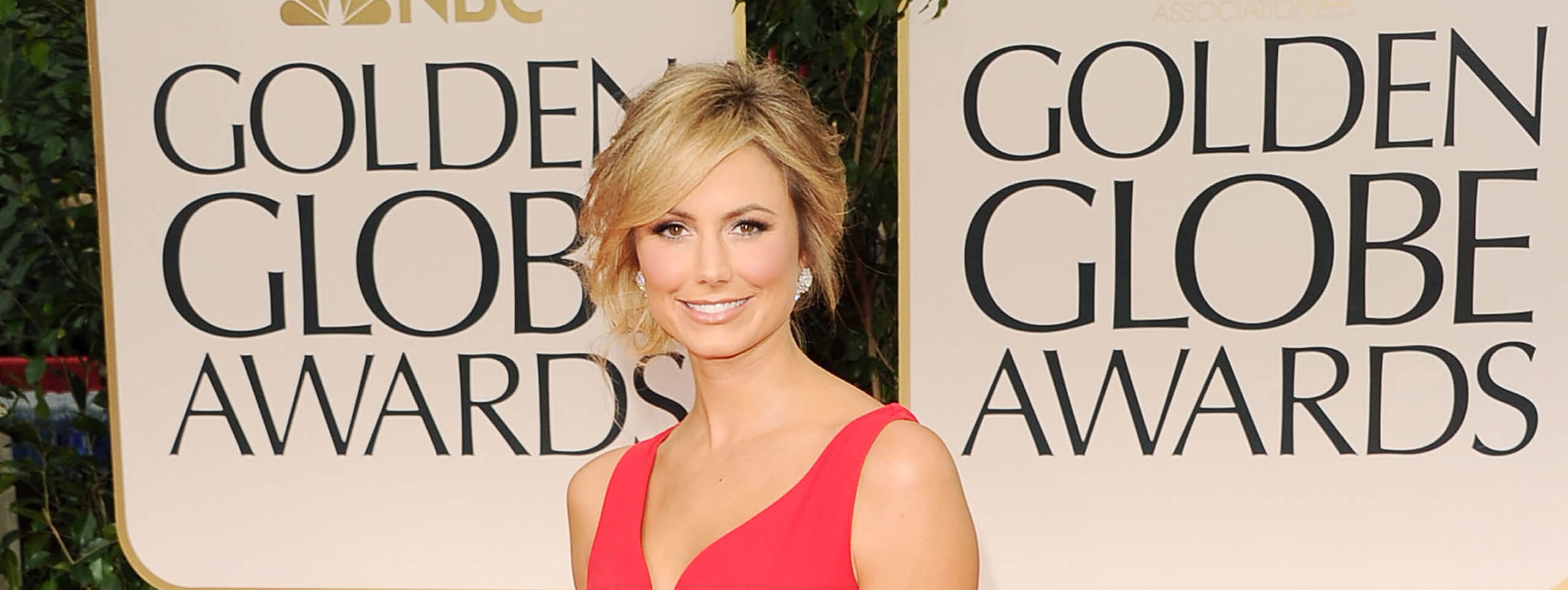 Stacey Keibler capelli raccolti Golden Globes 2011